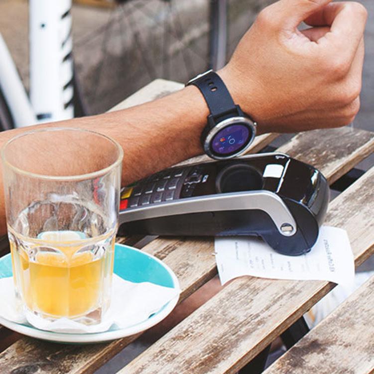 Fitbit Pay și Garmin Pay, disponibile clienților BCR prin George
