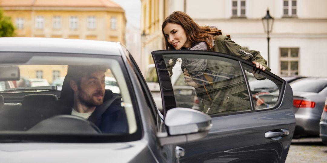 """Uber în România: """"Check my ride"""", sau cum să nu urci în mașina greșită"""