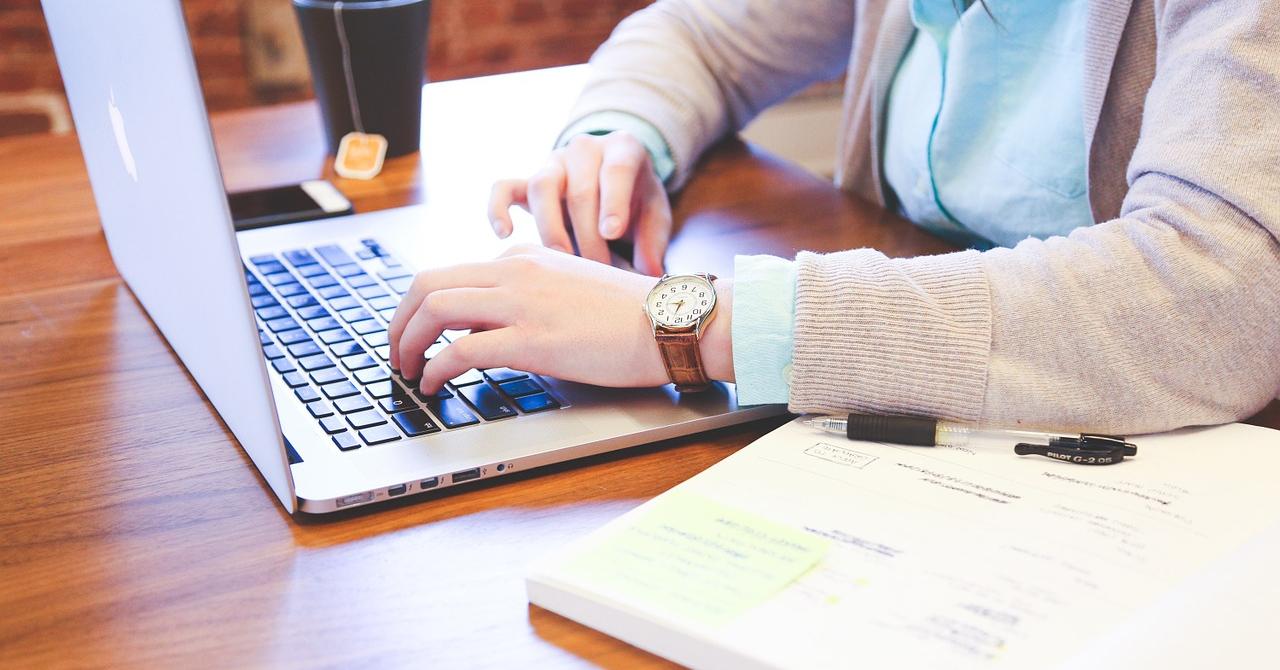 De ce nu lucrează mai multe femei în cybersecurity