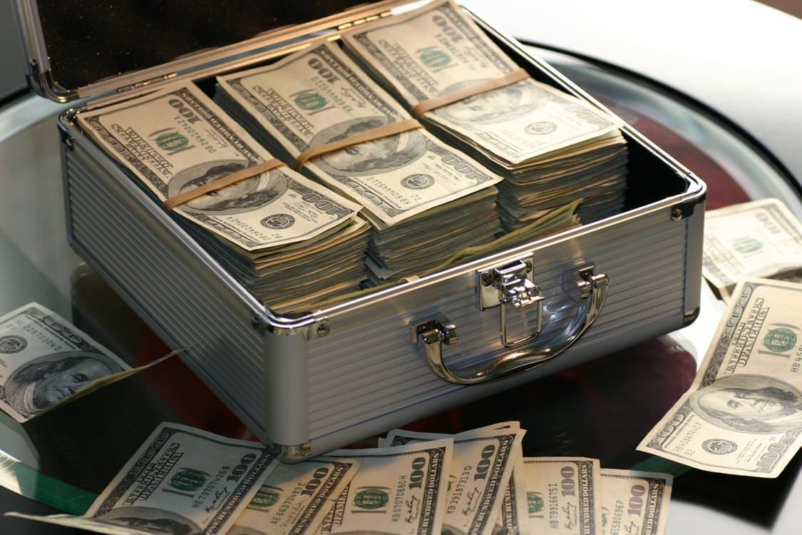 Rușii au bani de dat startup-urilor din întreaga lume
