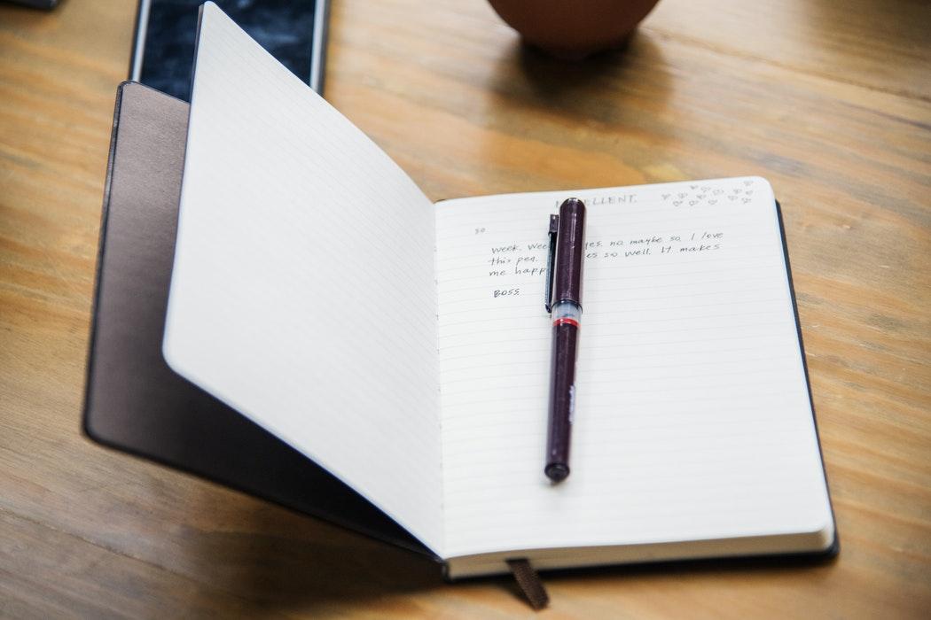 Ar putea ajunge tehnologia să înlocuiască scrisul de mână?