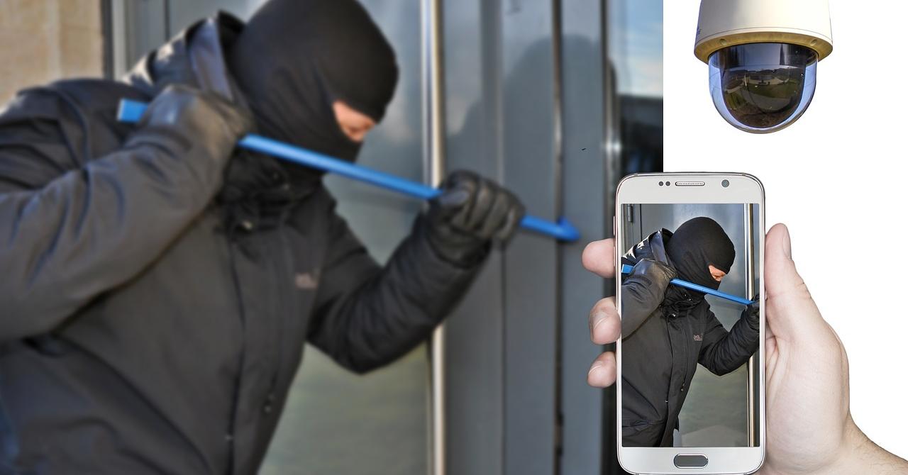 Camere de supraveghere: ține casa în siguranță când mergi în vacanță