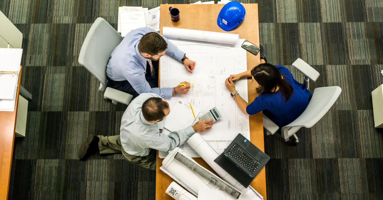 Dicționarul de afaceri: ce e core business și cum alegi un cod CAEN?