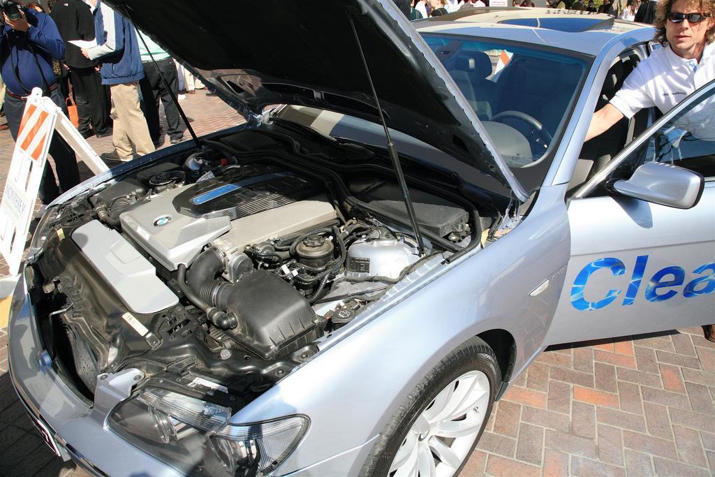 Mașinile electrice au un nou rival: hidrogenul