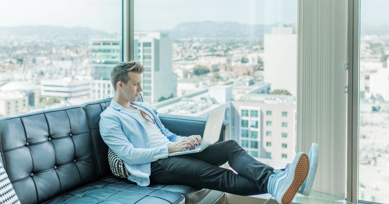 Cum percepe antreprenoriatul generația digitală