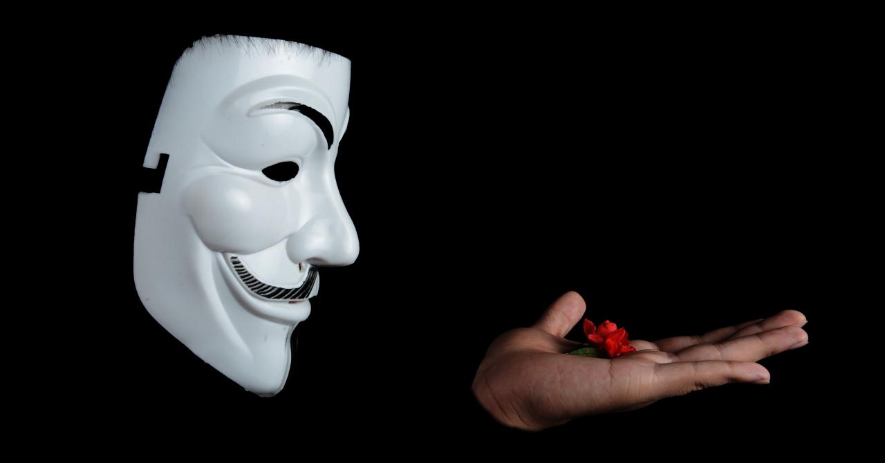 Premieră în România: hackerii asaltează străzile Bucureștiului