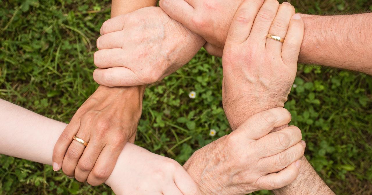 Bursa Binelui: Cum putem continua empatia și donațiile din această perioadă?