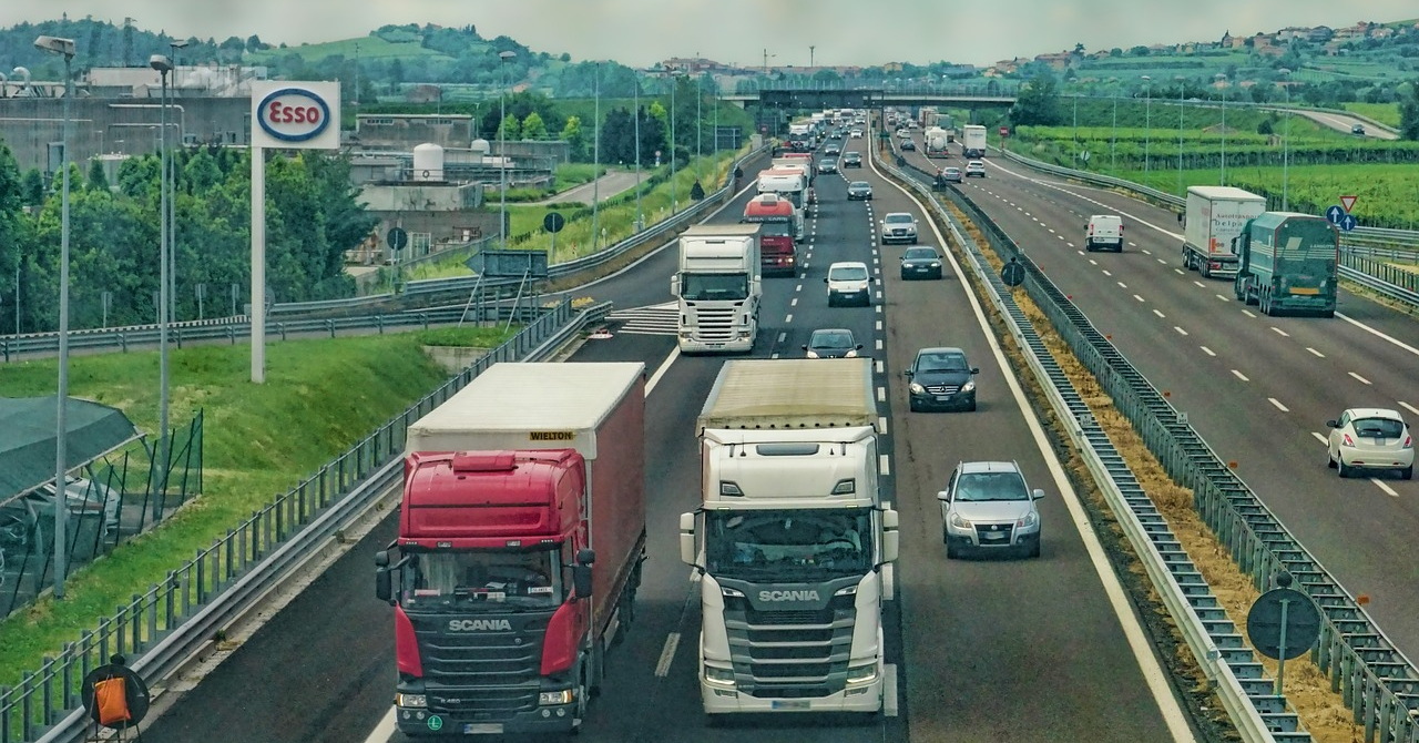 Un Uber al camioanelor, finanțat de Google, Jeff Bezos și Bill Gates