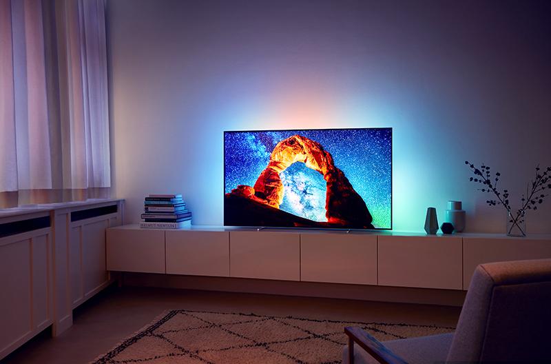TV-ul Philips OLED 803, disponibil în România din luna septembrie