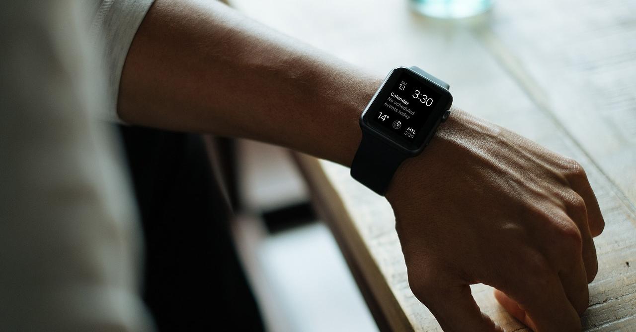 Smartwatch-uri ieftine pentru cei cu un buget de până în 1.000 de lei