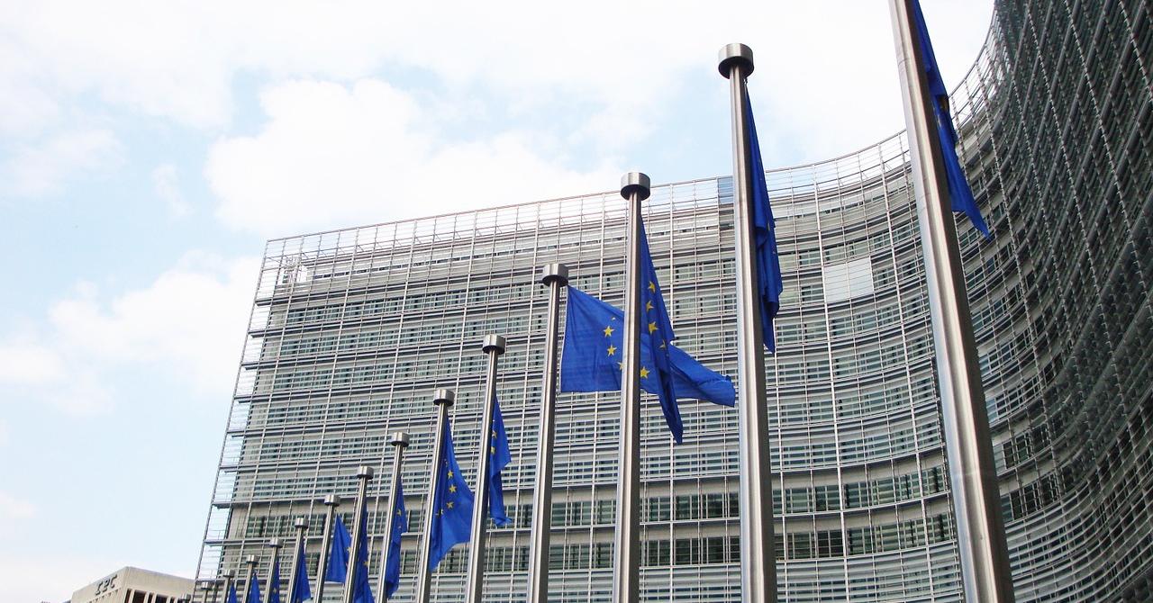 UE investește 9 mld. euro într-un program digital. Cum se împart banii