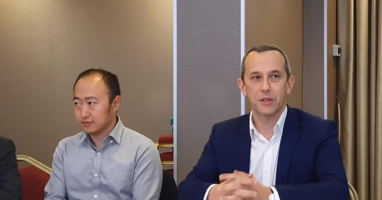 """Huawei: """"Vrem să vorbim cu Guvernul român, dar nu primim răspuns"""""""