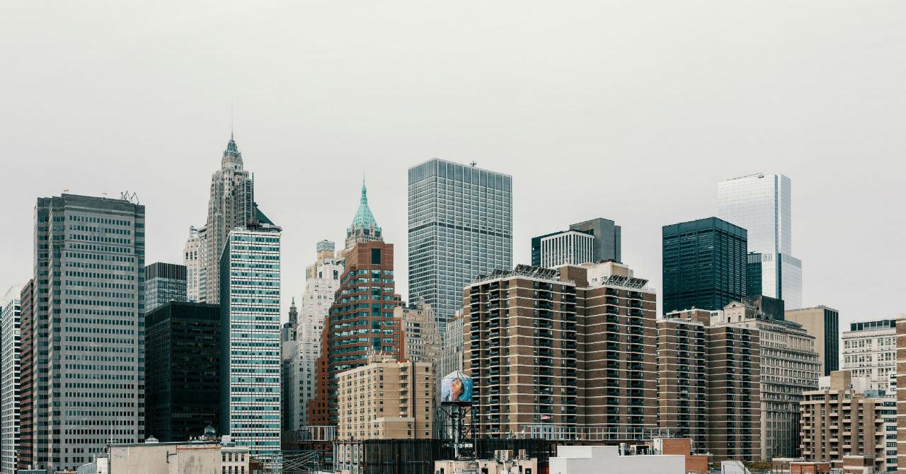 Soluția software care scade costurile de administrare a clădirilor