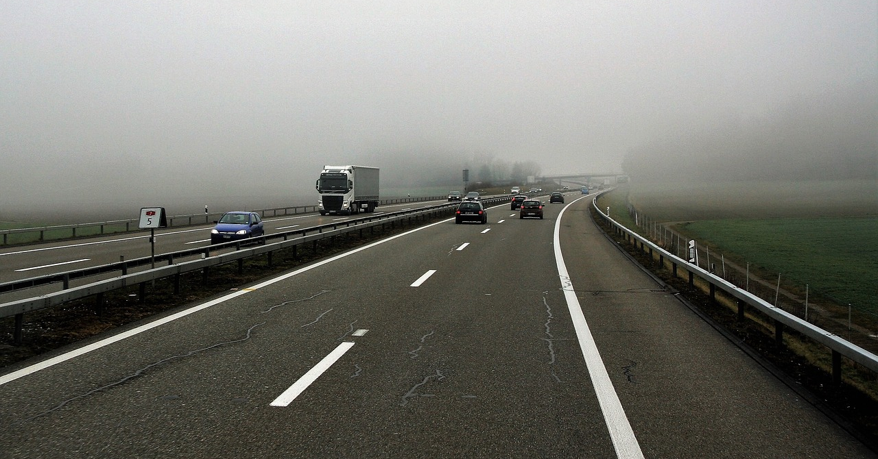 Interviu: Camioanele fără șoferi și drumurile fără niciun accident