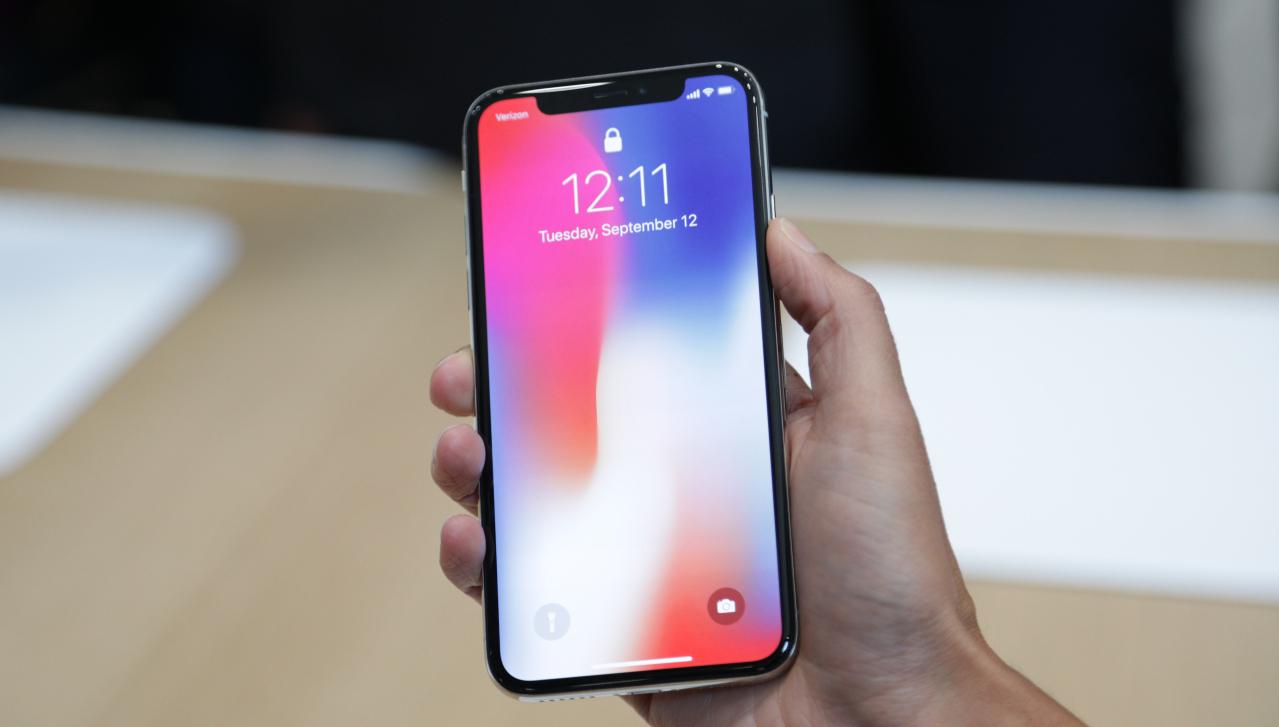 Precomandă iPhone X - îl poți cumpăra la Vodafone de pe 27 octombrie