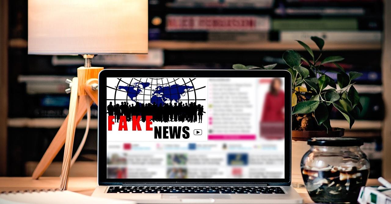 Facebook cumpără un startup britanic de AI pentru a combate fake news