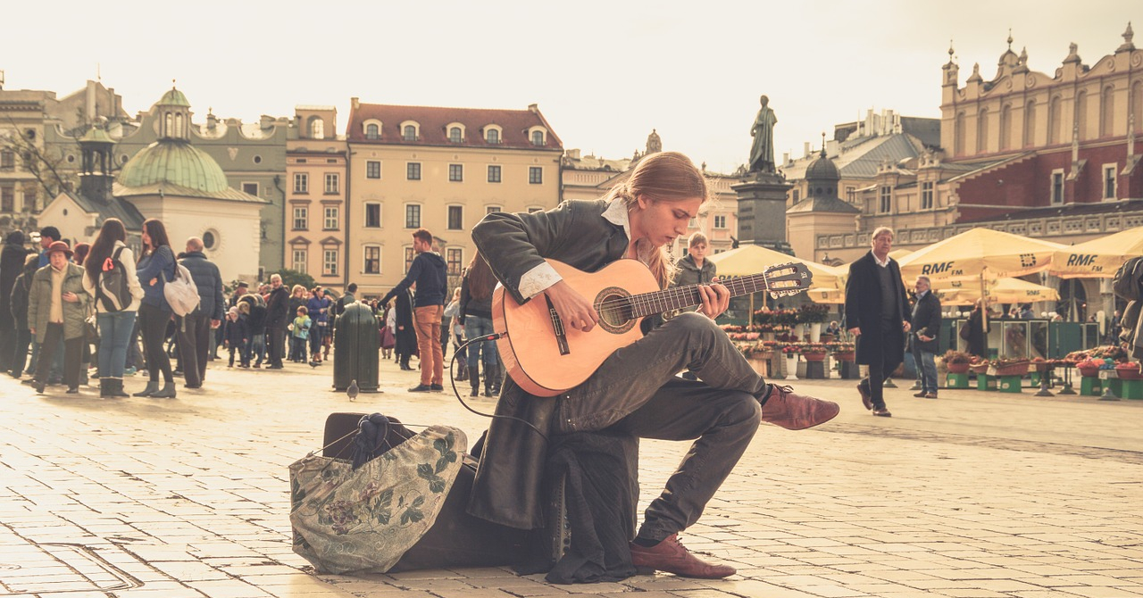 Cum se finanțează startup-urile din Polonia. Un exemplu pentru România