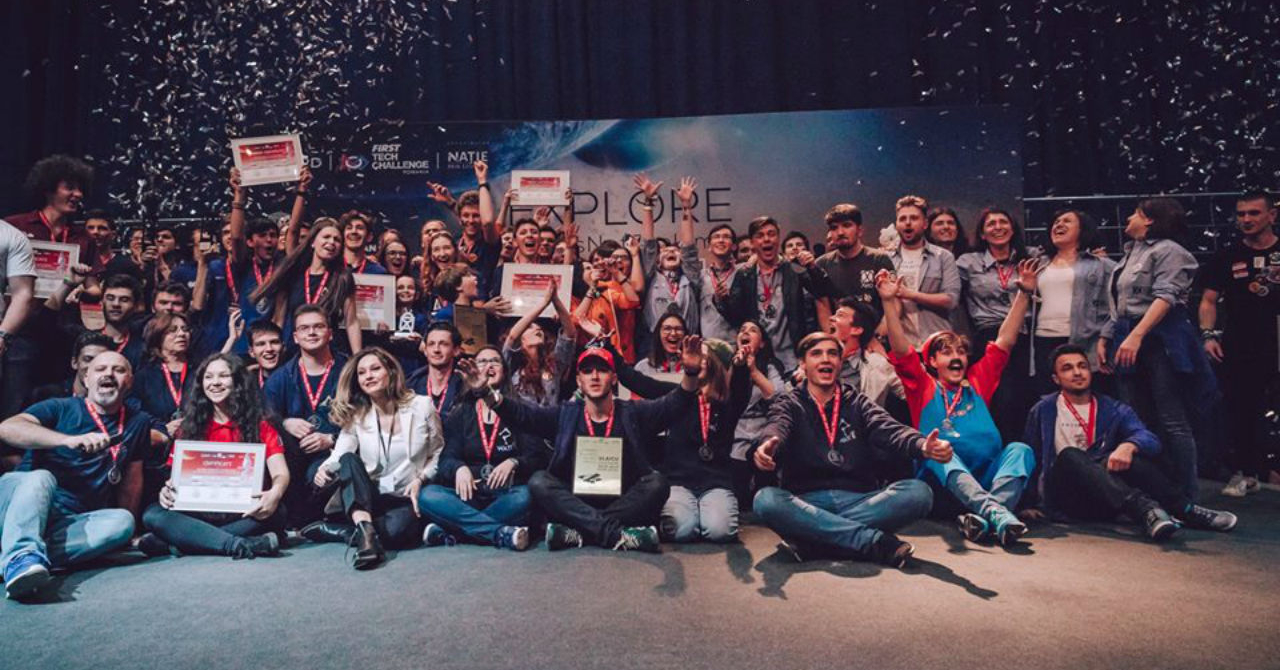 Românii care vor merge la Campionatul Mondial de Robotică