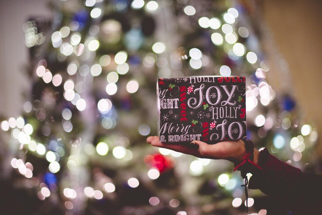 Trimite-le prietenilor un cadou de Crăciun prin aplicația Clever Taxi