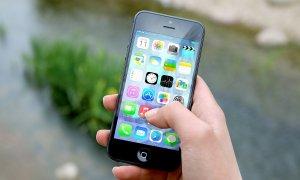 O nouă aplicație românească pentru iPhone: Simpli centrealizează mail-uri, notițe și liste