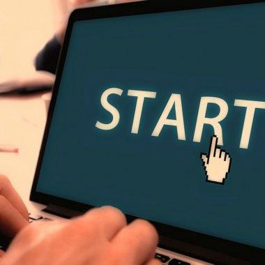 90 de finanțări pentru 90 de startup-uri. Publicis oferă bani și pentru companii din România