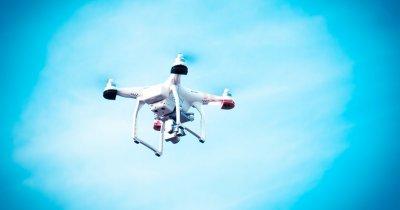 Știrile zilei - Cine livrează mai bine? Roboții sau dronele?