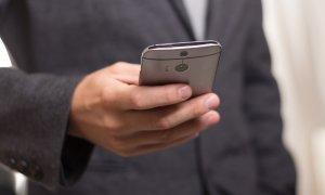 Cine sunt clienții tăi pe mobil? Plățile cresc, iar mesageria instantanee ia fața apelurilor