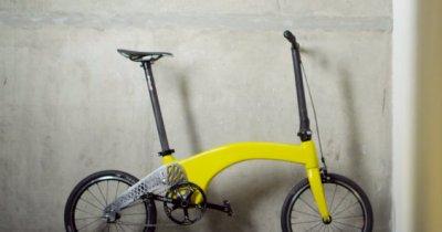 #Brexit - Ce cred românii care au creat cea mai ușoară bicicletă pliabilă în Marea Britanie