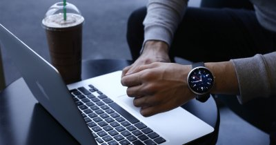 Dagadam - proiectul unui ceas inteligent creat de români. E pe Kickstarter și dorește 450.000 de euro