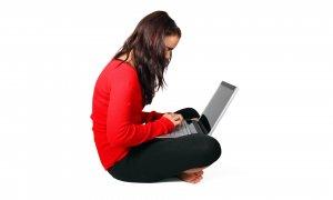 Cinci laptopuri numai bune pentru studenți