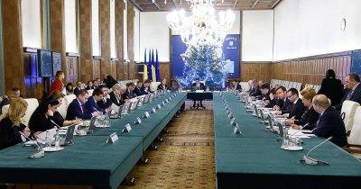 """Unii dintre cei mai mari oameni de afaceri ai României atacă măsurile """"heirupiste și populiste"""" ale guvernului Grindeanu"""