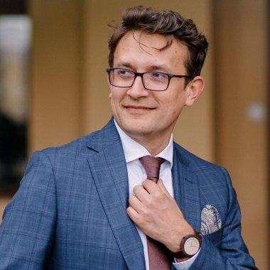 Erik Barna: de la Petroșani la propria firmă de IT listată pe bursă