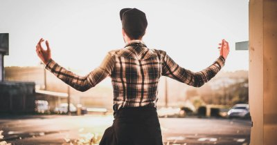 Cum să lansezi un startup fără vreun plan, bani sau vreun MBA