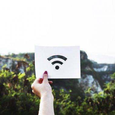 UE va finanța extinderea rețelei WiFi în zonele fără acoperire
