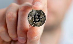 Șase lucruri amuzante despre bitcoin