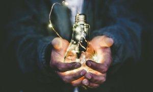 Un sistem românesc pentru eficiența energetică, câștigătorul PowerUp!