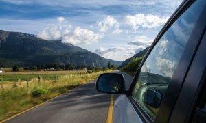 Uber te lasă să-i dai bacșiș șoferului și în România