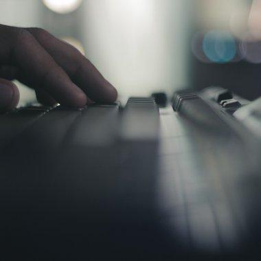 Cele mai bune laptopuri pentru jocuri: trei modele pentru orice buget