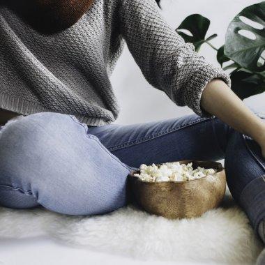Seriale Netflix – noutățile primăverii pe platformă