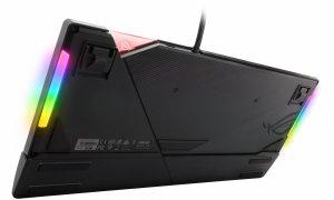 Această tastatură de gaming ASUS cu iluminare RGB îți fură privirea