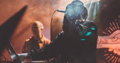 Uber până în mijlocul industriei muzicale: cămătari, lacrimi și fițe