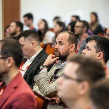 Big Data Week România: AI și speech-uri traduse de roboți