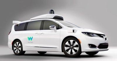 Google se aliază cu Fiat. 62.000 de taxiuri autonome la finalul anului