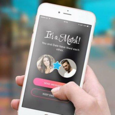Tinder o duce bine: aplicația de dating online își dublează veniturile