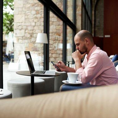Joburi de viitor: cum schimbă freelancing-ul piața muncii