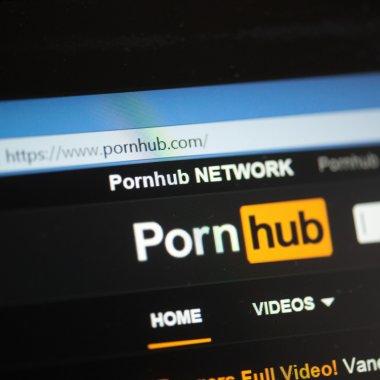 Ce caută românii pe PornHub în 2018? Datele actualizate