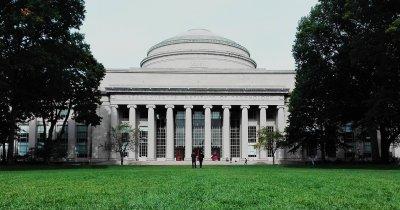 """""""Politehnica americană"""", 1 mld. dolari pentru a deschide colegiu pe AI"""