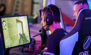 Premii de 50.000 € la Bucharest Gaming Week dacă joci Counter Strike