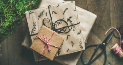 Idei de cadouri de Crăciun: gadget-uri și experiențe memorabile