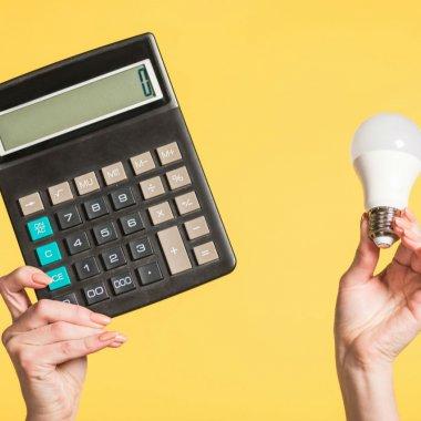 """IT-iștii care-ți arată cât consumă """"la lumină"""" instituțiile statului"""
